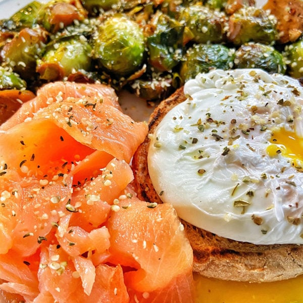 blue circle foods poached eggs and smoked salmon recipe